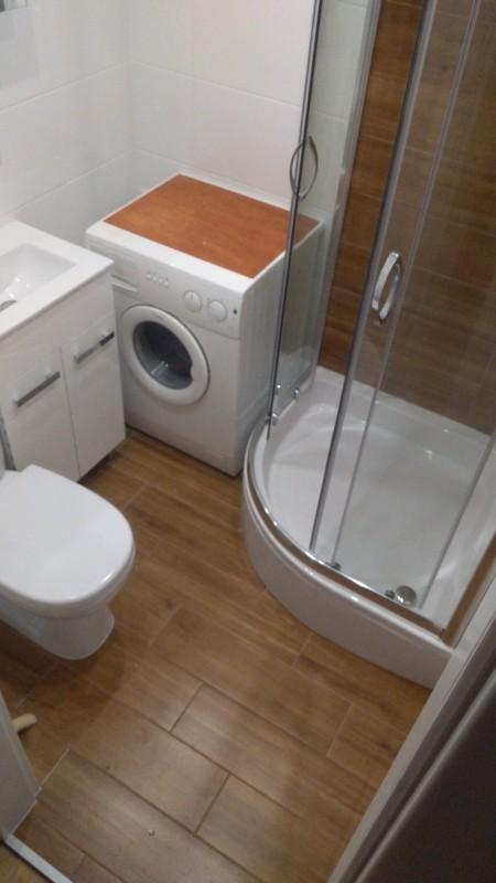 łazienka w bloku 3m2